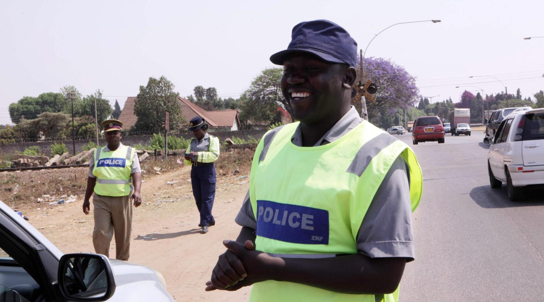 BeCuriousAboutTheWorld - Policja